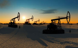 Oliepompen in de woestijn royalty-vrije stock foto's