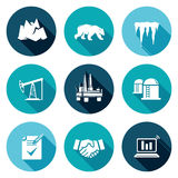 Olieproductie in de Noordpool Geplaatste Pictogrammen Vector illustratie Royalty-vrije Stock Foto's