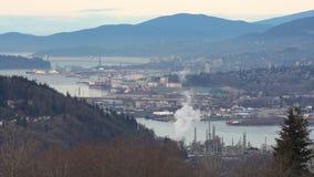 Olieraffinaderij, burrard inham hoge hoek 4K UHD stock footage