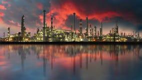 Olieraffinaderij, tijdtijdspanne stock footage