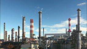 Olieraffinaderij - tijdtijdspanne stock video
