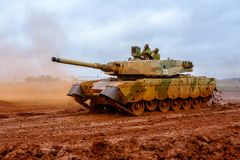 Olifant MKII Main Battle Tank on the move royalty free stock photography