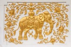 Olifant in traditioneel Thais stijl het vormen art. Stock Fotografie