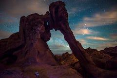 Olifantsrots bij nachtvallei van Brand Nevada Stock Foto