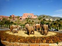 Olifantsstandbeeld op Rotonde in Fuengirola op Costa del Sol in Spanje stock foto's