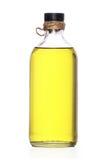 Olijfolie in de fles Stock Foto's