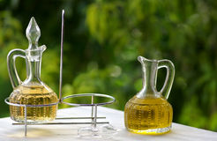 Olijfolie en azijn royalty-vrije stock afbeelding