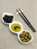 Olijfolie met olijven Royalty-vrije Stock Fotografie