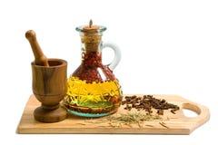 Olijfolie met spicery Stock Fotografie