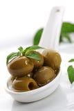 Olijven en olijfolie Royalty-vrije Stock Foto's