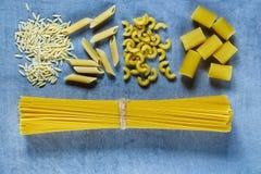 Olik blandning av pasta Royaltyfri Bild