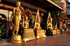 Olik Buddha mässingsShine Arkivbilder