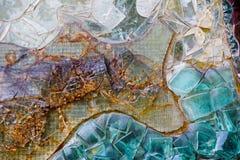 Olik färgrik abstrakt dekorativ glasvägg Arkivfoto