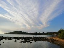 Olik form av molnet arkivfoto