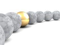 Olik guld- ledarebegreppssfär affärsidé isolerad framgångswhite Arkivfoto