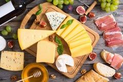 olik kind för ost royaltyfri bild