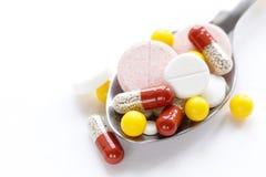 Olik preventivpillerar och läkarbehandling Royaltyfri Fotografi