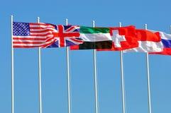 olik rad för landsflaggor Arkivfoton