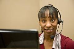 olik service för afrikansk amerikankund arkivfoto