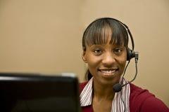olik service för afrikansk amerikankund Royaltyfria Bilder
