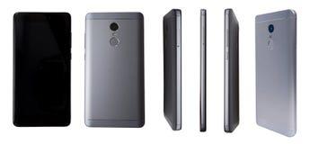Olik sikt av den moderna smartphonen som isoleras på vit bakgrund För framdel perspektivsikt tillbaka av den nya mobilen Royaltyfri Foto
