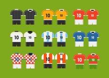Olik t-skjortor för fotbolllag gem-konst stock illustrationer