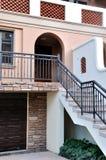 olik villa för byggnadsgeometriform Royaltyfri Fotografi