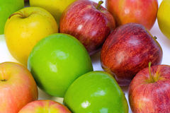 olika äpplen few royaltyfri fotografi