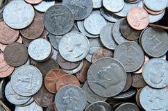 Olika amerikanska dollarmynt Arkivfoto