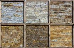 Olika dekorativa tegelplattor och naturliga stenprövkopior Royaltyfri Bild
