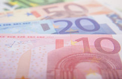 Olika euroanmärkningar Arkivbild