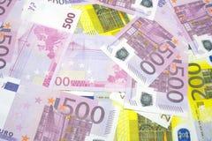 Olika eurosedlar av 200 och 500 eurosedlar av olik textur Royaltyfri Bild