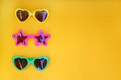 Olika former av solglasögon Arkivfoton