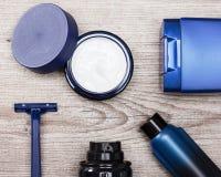 Olika kosmetiska produkter för män Royaltyfri Foto