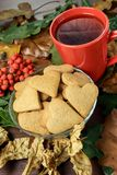 olika leaves Hjärtakaka isolerad rönnwhite för bakgrund filial svart tea Arkivfoton