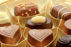 Olika lyxiga choklader Arkivfoton