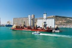 Olika marin- skyttlar i port Arkivfoto