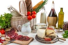 Olika nya foods och grönsaker royaltyfri foto