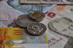 olika pengar för länder Arkivbild