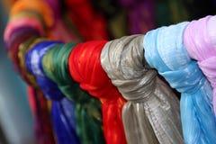 olika pied scarfs Arkivfoton