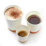 Olika sorter av bort kaffekoppar för pappers- tagande Royaltyfri Foto