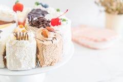 Olika stycken av kakan Royaltyfri Bild