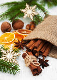 olika torkade nuts apelsinkryddor för sorter Royaltyfri Foto