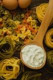 Olika typer av kulör pasta Royaltyfria Foton