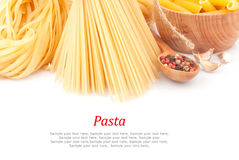 Olika typer av pasta & disk Arkivbild