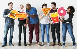 Olika vänner med matsymboler Arkivbild