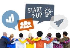 Olika vänner med Start-Up affär Fotografering för Bildbyråer