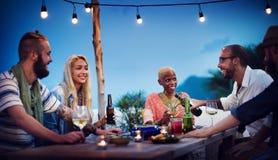 Olikt begrepp för gyckel för överkant för tak för strandsommarparti Royaltyfria Foton