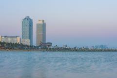 Olimpic别墅大厦摩天大楼,巴塞罗那 免版税库存图片