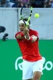 Olimpijski mistrz Rafael Nadal Hiszpania w akci podczas mężczyzna ` s przerzedże półfinał Rio 2016 olimpiad Zdjęcia Royalty Free